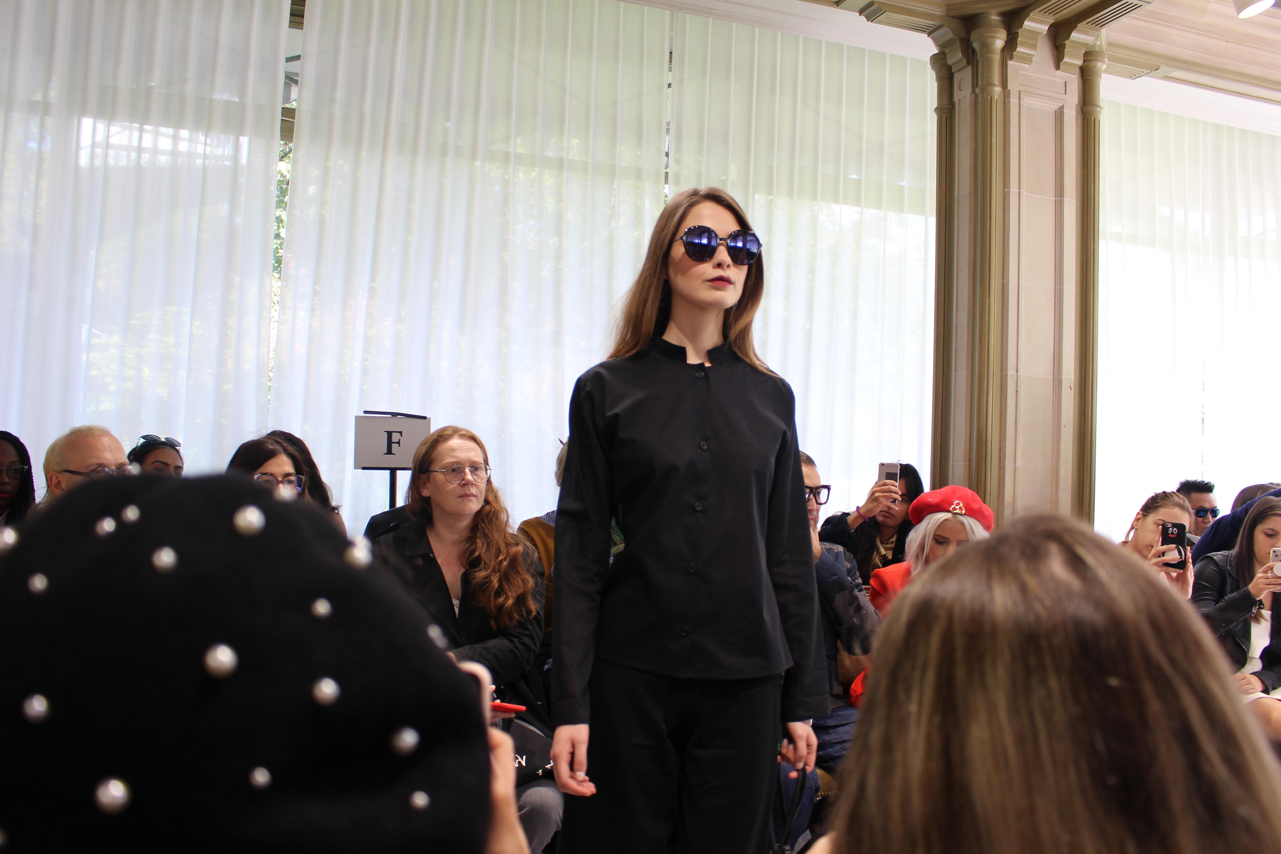 Invitation Au D Fil Agn S B Fashion Week Collection Femme