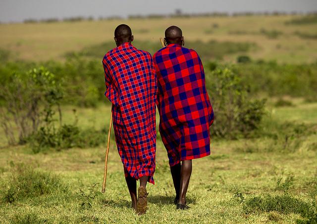Le célèbre tissu des Maasaï  : le Shuka.