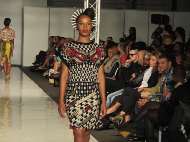 Ethno Tendance Fashion Week à Bruxelles – Défilé Julie Menuge