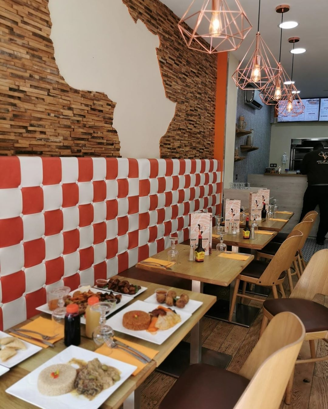 AFRIK'N'FUSION : Le plus fast good et casual des restaurants africains.